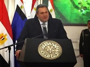 Φωτογραφία για Ιστορικές στιγμές - ΜΠΡΑΒΟ Υπουργέ! Τι κατάφερε ο Καμένος με την επίσκεψη του στην Αίγυπτο;