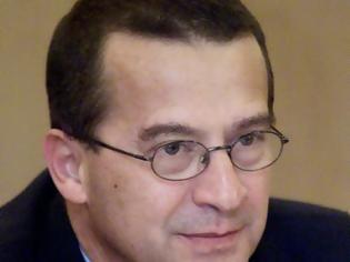 Φωτογραφία για Γιατί συμμετείχε σε νυχτερινή σύσκεψη στο ΥΠΕΘΑ ο διοικητής της ΕΥΠ Γιάννης Ρουμπάτης