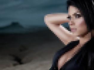 Φωτογραφία για AΠΙΣΤΕΥΤΟ - Διάσημη τραγουδίστρια αφήνει το μικρόφωνο για να παίξει σε ροζ ταινία του... Σειρινάκη [photos+video]