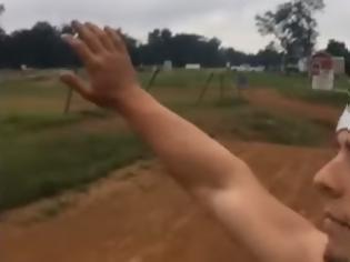 Φωτογραφία για Το πιο αποτυχημένο high five στην ιστορία των high fives [video]