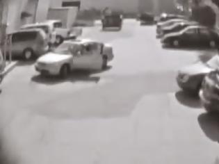 Φωτογραφία για Δείτε αντίδραση ανθρώπου που του πήραν το ''parking''! [Video]