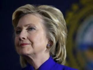Φωτογραφία για H Χίλαρι θα δώσει στο FBI τον προσωπικό server των mail της