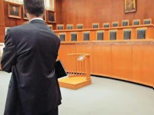 Φωτογραφία για Απειλούν οι δικηγόροι με αποχή από τις φορολογικές δίκες