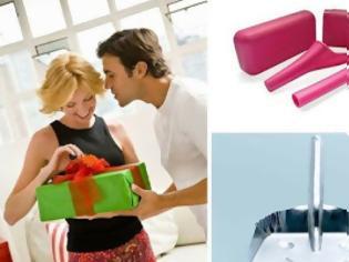 Φωτογραφία για Οι γυναίκες αποκαλύπτουν τα χειρότερα χριστουγεννιάτικα δώρα που τους έχουν κάνει