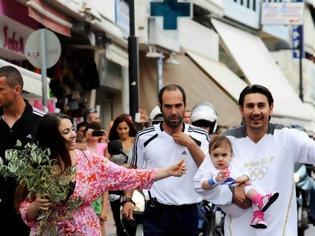 Φωτογραφία για Στα χέρια του Κακλαμανάκη η Ολυμπιακή Φλόγα στο Καστελόριζο