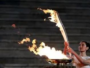 Φωτογραφία για Καστελόριζο: Ο δήμαρχος υποδέχθηκε την Ολυμπιακή Φλόγα