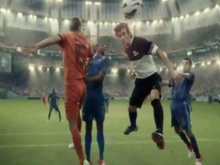 Φωτογραφία για VIDEO: Το βίντεο που σαρώνει στο YouTube για το Champions League!