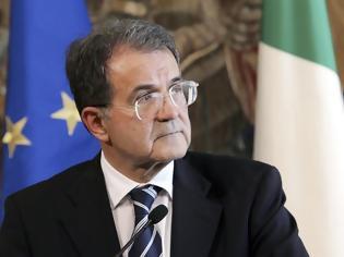 Φωτογραφία για Πρόντι: Αν βγει η Ελλάδα από το ευρώ θα καταρρεύσει ο Νότος!
