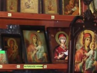 Φωτογραφία για Ιωάννινα: Ρουμάνες κι Αλβανίδες έκλεβαν κειμήλια!