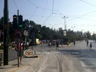 Φωτογραφία για 3.000 άτομα τρέχουν αυτή τη στιγμή στο κέντρο της Αθήνας - Δείτε φωτογραφίες