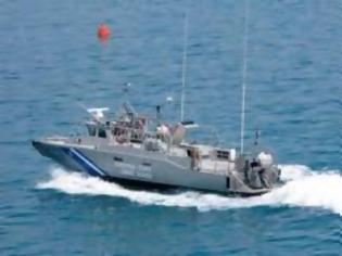 Φωτογραφία για Υπό δύσκολες συνθήκες οι έρευνες για τους αγνοούμενους του τουρκικού πλοίου