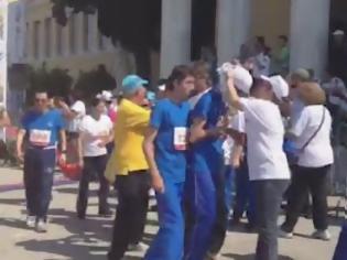 Φωτογραφία για Kαταχειροκροτήθηκαν τα παιδιά των special olympics στον...