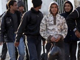 Φωτογραφία για ΣΟΚ στα Γιαννιτσά! 18χρονος μετανάστης κατηγορείται για αποπλάνηση ανήλικων κοριτσιών