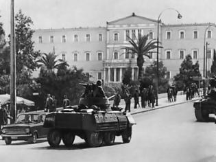 Φωτογραφία για ΣΥΡΙΖΑ: «Ο ΛΑΟΣ ΔΙΑΘΕΤΕΙ ΑΚΟΜΑ ΜΝΗΜΗ»