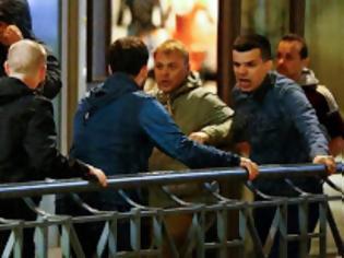 Φωτογραφία για Συνεχίζονται τα επεισόδια στη Γαλλία: Ρώσοι οπαδοί τα έβαλαν με τους Άγγλους και...