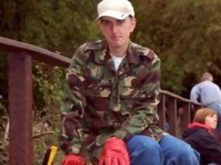 Φωτογραφία για Το αντιφατικό προφίλ του δολοφόνου της Jo Cox