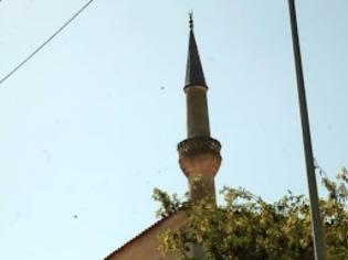 Φωτογραφία για Δεν έχουν το Θεό τους! Φτιάχνουν τζαμιά με χρήματα του ελληνικού κράτους