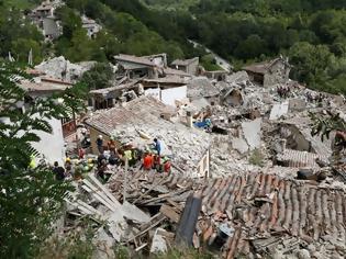 Φωτογραφία για Περισσότεροι από 60 οι νεκροί από το σειμό στην Ιταλία - Πολλά παιδιά μεταξύ των θυμάτων