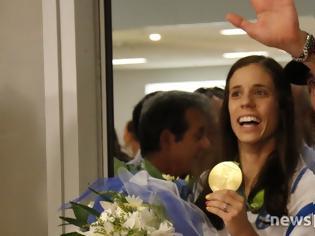 Φωτογραφία για Τι δήλωσε η χρυσή Ολυμπιονίκης Κατερίνα Στεφανίδη φτάνοντας στην Αθήνα