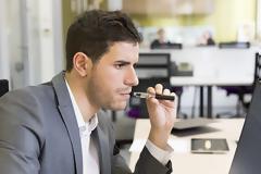 Ηλεκτρονικό Τσιγάρο στο γραφείο: Τι πρέπει να προσέξετε;