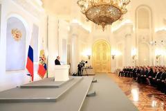 Οι 11 βασικές θέσεις του Βλαντιμίρ Πούτιν στην ετήσια ομιλία