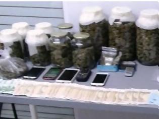 Φωτογραφία για Εξαρθρώθηκε εγκληματική ομάδα τα μέλη της οποίας διακινούσαν ναρκωτικές ουσίες σε διάφορες περιοχές της Αττικής  [photos]