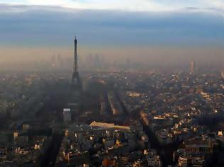 Φωτογραφία για Ανακαλύφθηκε διαστημική σκόνη δισεκατομμυρίων ετών σε ταράτσες του Παρισιού και του Οσλο