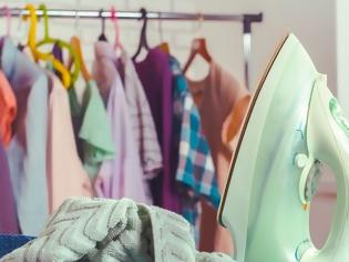 Φωτογραφία για Πώς θα καθαρίσεις το σίδερο ρούχων εύκολα και γρήγορα