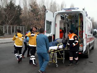 Φωτογραφία για ΒΑΦΤΗΚΕ ΚΟΚΚΙΝΗ η Τουρκία! Ο φαύλος κύκλος του αίματος - Βανδαλισμοί, αντίποινα, θάνατος