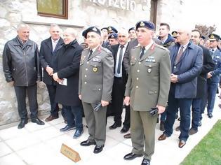 Φωτογραφία για Eγκαινιάστηκε το στρατιωτικό μουσείο στις εγκαταστάσεις της ΣΜΥ στα Τρίκαλα
