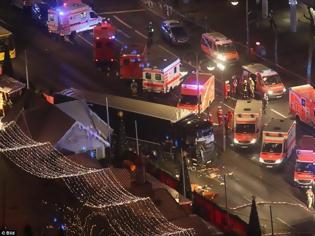 Φωτογραφία για Τραγωδία στο Βερολίνο: 12 νεκροί και 48 τραυματίες απο την επίθεση στη χριστουγεννιάτικη αγορά - BINTEO