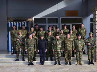 Φωτογραφία για Ανταλλαγή Ευχών Αρχηγού ΓΕΕΘΑ με Προσωπικό Μονάδων ΕΔ