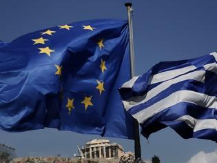 Φωτογραφία για FT: Γιατί δεν πέφτει «αυλαία» στο δράμα του ελληνικού χρέους