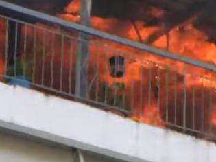 Φωτογραφία για Πανικός από φωτιά σε διαμέρισμα - Έγινε στάχτη μέσα σε λίγα λεπτά