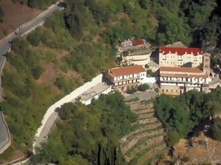 Φωτογραφία για Προυσός Ευρυτανίας: η μονή, η «Μαύρη Σπηλιά» και το προσούτο