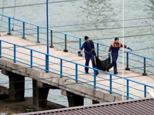 Φωτογραφία για Σοροί και συντρίμμια μετά την πτώση του Τουπόλεφ 154