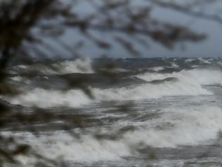 Φωτογραφία για Τουρκικό πλοίο κόλλησε 100 μέτρα από παραλία της Κω