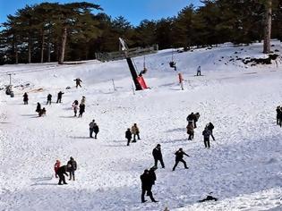 Φωτογραφία για Κύπρος: Γυναίκα χάθηκε στα χιόνια - Βρέθηκε σε κατάσταση σοκ