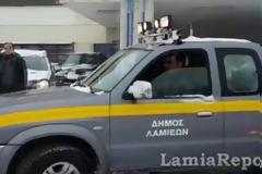 Λαμία: Ο χιονιάς παρέλυσε την πόλη - Μόνο με αλυσίδες η κυκλοφορία