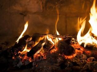 Φωτογραφία για «Φωτιά» στα καύσιμα, με ξύλα και θερμαντικά σώματα ζεσταίνονται τα νοικοκυριά