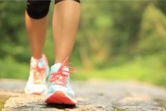 Με ΑΥΤΟ το κόλπο θα καις περισσότερες θερμίδες όταν περπατάς