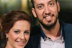 Αίγιο: Νεόνυμφοι μοίρασαν φαγητό από γαμήλιο τραπέζι τους σε εγκλωβισμένους οδηγούς... [video]