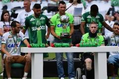 Σήκωσαν το Κύπελλο οι επιζώντες της Τσαπεκοένσε