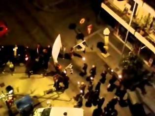 Φωτογραφία για Πορεία πυρσοφορία στη Θεσσαλονίκη
