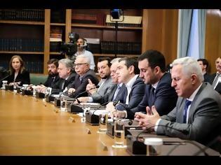 Φωτογραφία για Αλ. Τσίπρας: Προγράμματα επιδότησης ενοικίου 300 εκατ. ευρώ και δανείου 200 εκατ. ευρώ