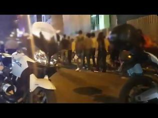 Φωτογραφία για ΕΛΑΣ: 135 συλλήψεις σε ελέγχους στο κέντρο της Αθήνας (video)