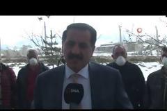Δημοφιλής τούρκος τραγουδιστής εύχεται με τραγούδι ο κορωνοϊός να... χτυπήσει την Ελλάδα! (video)