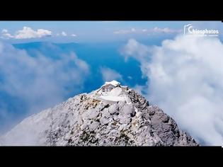 Φωτογραφία για Εντυπωσιακή πτήση πάνω από την κορυφή του Αγίου Όρους